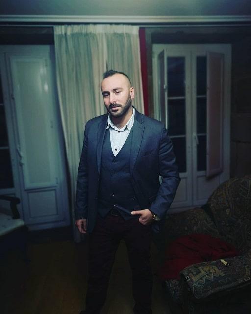 Elvio Esposito: Traduttore Italiano Inglese Spagnolo